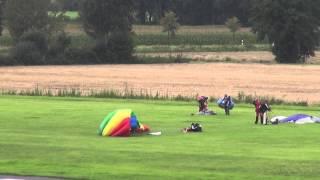 Buntes treiben am Himmel über den Flugplatz EDLTDer Fallschirmsportclub Münster e.V. hat vom 1.09.-28.09. eine Sprungwoche in Telgte am FlugplatzStart der Pilatus Porter auf der RWY 28 in EDLT zu Springerabsetzen