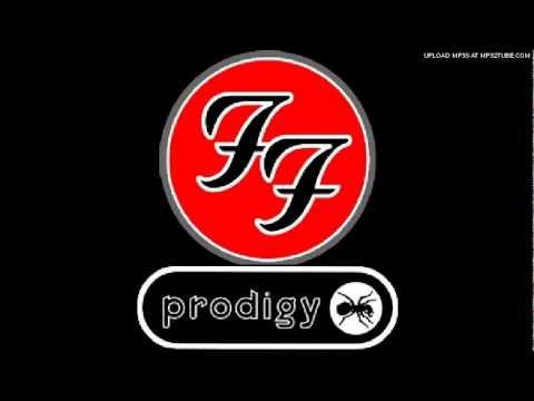 Οι Prodigy μιξάρουν Foo Fighters... και τα καταφέρνουν