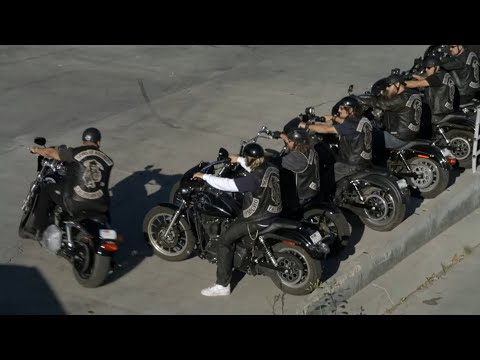 Going to WAR scene ! (Sons of Anarchy) Season 3 Finale