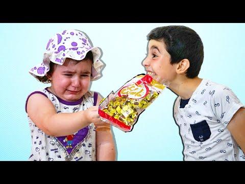 Celina take Hasouna's Chocolate - سيلينا تاخذ شوكولا حسونة