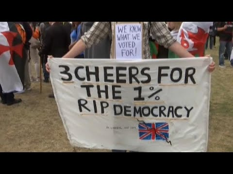 Επιχείρηση «Yellowhammer»: Το χάος ενός άτακτου Brexit