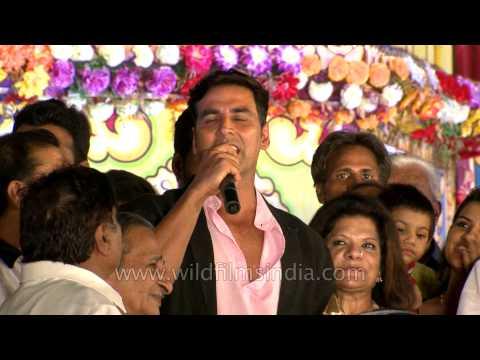 Akshay Kumar aka BOSS at Lav Kush Ramlila in Delhi