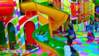 Naik Odong odong mobil & mandi Bola yang banyak Sekali Play mini merry & Ball Pit Show for Toddler