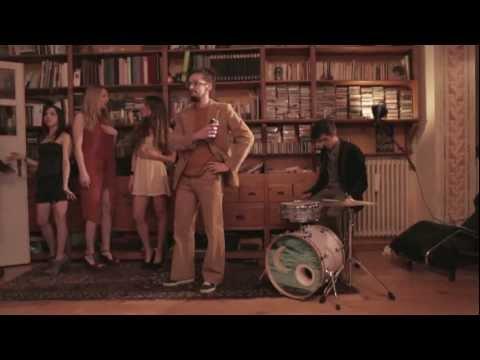 Selton – Piccola sbronza [feat. Dente] (video ufficiale)