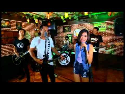 CKM (cinta Kanti mati ) 703 Band (видео)