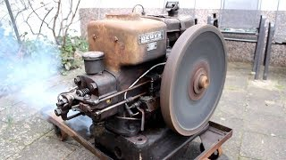 Video ANTIQUE OLD ENGINES Starting Up And Running Videos || COOL MP3, 3GP, MP4, WEBM, AVI, FLV Januari 2019