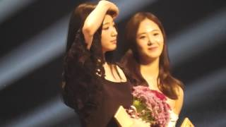 Video 140527 Park Shin-hye パク・シネ & SNSD Yuri ユリ pt1 @ Baeksang Art Awards MP3, 3GP, MP4, WEBM, AVI, FLV Maret 2018