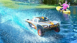 Video HUGE RC CAR DRIVES ON WATER!! MP3, 3GP, MP4, WEBM, AVI, FLV April 2019