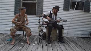 Angels in Heaven - Chris Rodrigues & the Spoon Lady - YouTube