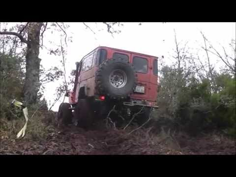 TOYOTA LAND CRUISER FJ40  ***HARD MUD OFFROADING*** 38:50/13:50/15