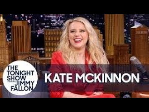News update  today-kate mckinnon shows off her hilarious gal gadot impression 03