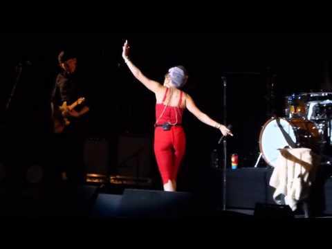 """Mistakes"" Andra Day@Mann Center Philadelphia 8/30/15"