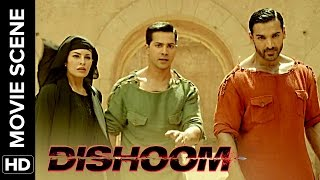 Nonton Ye bahut bacchon ka pappa hai | Dishoom | Movie Scene Film Subtitle Indonesia Streaming Movie Download