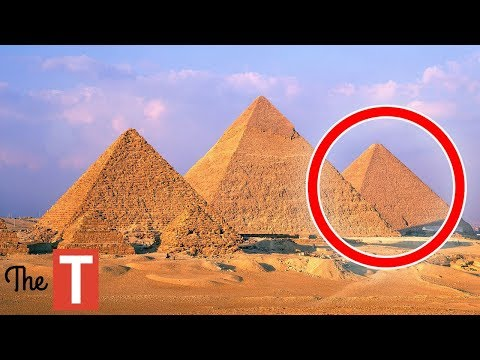 10 Creepy Things Everyone Ignores About The Pyramids