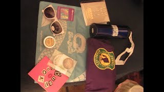 Want to know what is inside this months FanMail Just For Laughs box? Continue to watch!Subscribe! Make sure you hit the bell icon to know when I upload a new video!Follow me on Twitter and Facebook: JoiseyDaniFollow Me on Instagram: JoiseyDani78Until next time!