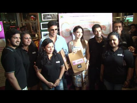 Akshay Kumar & Tamannah in support of a Charity Exhibition