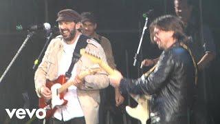 JUAN LUIS GUERRA - La Calle (feat. Juanes) [Live]