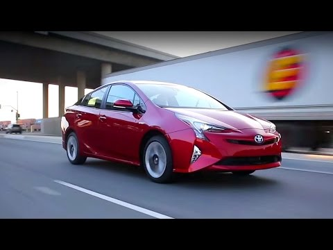 2017 Toyota Prius - Review and Road Test