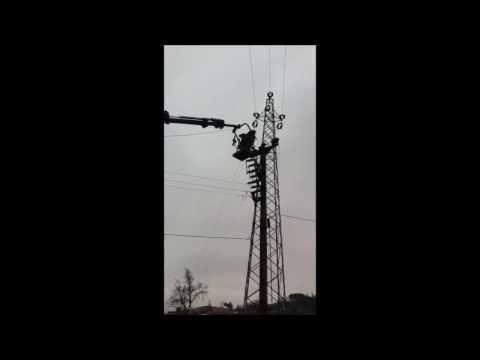 Çağlayan Elektrik Şile yolu üzer.36kV Ayırıcı direğinde çalışma