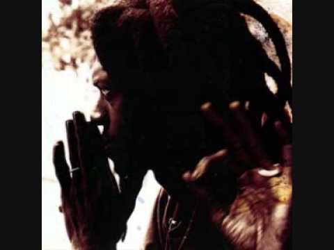 Cheikh Lô - Né La Thiass - Bamba Sunu Goorgui