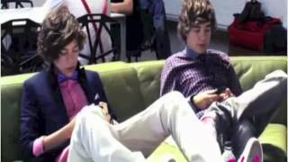 One Direction funny moments (rare)
