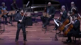Variações para violino que eu criei e toquei no meio de um concerto no Rio de Janeiro, baseada nos temas de Walking Dead e Game of Thrones, em seguida Rains of Castamare. Semana que vem eu posto a segunda parte :)