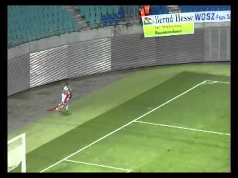 Video: Spielszenen: Derbysieger 1. FC Magdeburg gegen Hallescher FC