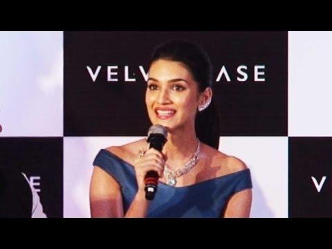 Here's Why Kriti Sanon Use To Steal Diamond Jewell