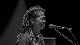 Download lagu Tony Q Rastafara Paris Van Java Mp3