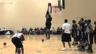 Khris Middleton - Around the Key Dunking Drills