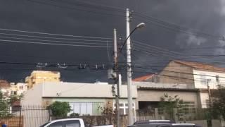 Um forte temporal aconteceu no estado do Rio de Janeiro nesta quinta-feira(11/01) e trouxe altos volumes de chuva. O nosso usuário Luiz Felipe Grigorio regis...