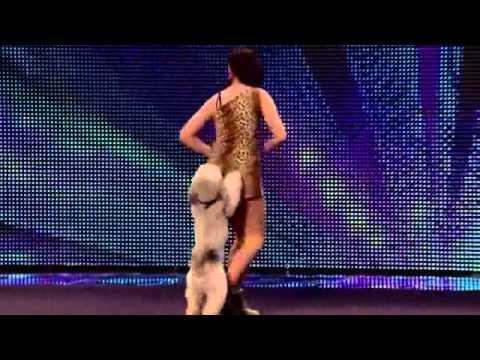 英國達人秀會跳舞的狗狗,太可愛了 (видео)