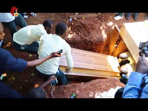 Hiptv News - 2face Buries Dad (nigerian Entertainment News)