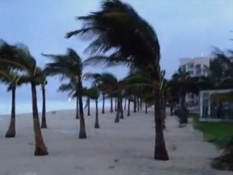 raw - The powerful Hurricane Odile made landfall on the southern end of Mexico's Baja California peninsula near Cabo San Lucas Sunday night. Earlier video showed trees swaying in the storm's powerful...
