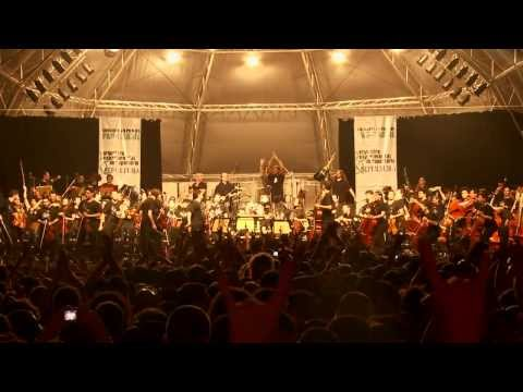 Sepultura - Roots Bloody Roots (Live in Sao Paulo with Orquestra Experiment ...