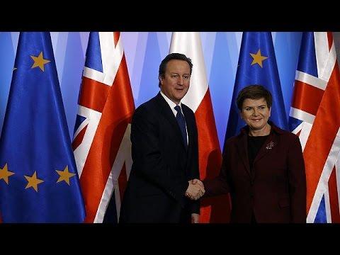 Πολωνία: Αναθεώρηση των δεσμών που διέπουν την ΕΕ πρότεινε ο Κάμερον