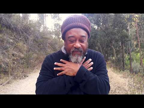 Mooji Moment: Is a Teacher Needed to Realize the Self?