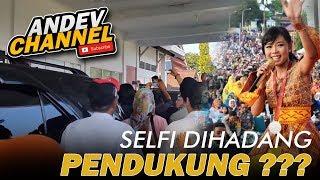 Video Selfi Lida pulang kampung tiba dirujab bupati soppeng tak diberi jalan oleh pendukungnya MP3, 3GP, MP4, WEBM, AVI, FLV Januari 2019