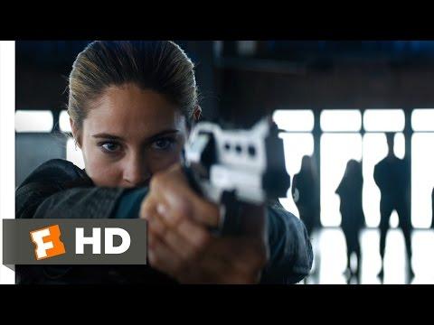 Divergent (9/12) Movie CLIP - Tris' Final Test (2014) HD