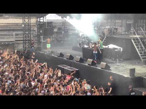 Rae Sremmurd No Type Live Nimes France 2015