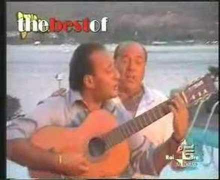 berlusconi in duetto con apicella