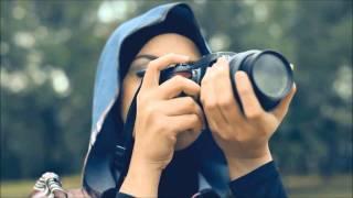 Video SleeQ - Sesaat Kau Datang (Ramlah Ram Feat. SleeQ) Official MV (Malay) MP3, 3GP, MP4, WEBM, AVI, FLV Juni 2018