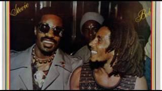 Stevie Wonder et Bob Marley en Jamaïque en 1975
