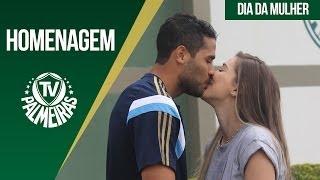 No Dia Internacional da Mulher, a TV Palmeiras preparou uma surpresa para Marcelo Oliveira, Lúcio e Alan Kardec: levou suas...