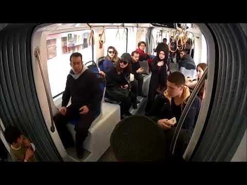 Kocaeli Tramway da yapılan Sosyal Deney çocuğa şiddet