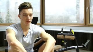Matias Maissen ha 17 onns, è da Cuira, fa il gimnasi ed è model. Avant bun in onn ha el s'annunzià tar l'agentura da model VISAGE ed è dapi lura sut contract.