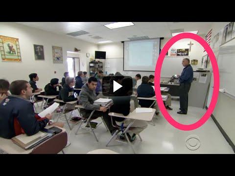 Profesor De Matemáticas Tenía Un Gran Secreto. Sus Alumnos Se Enteraron Y Quedaron Conmocionados