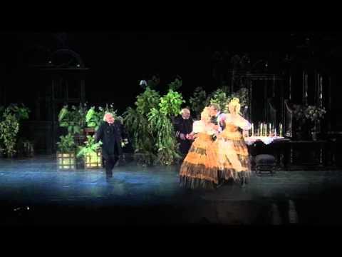 Спектакль \Женитьба\ | Театр Маяковского