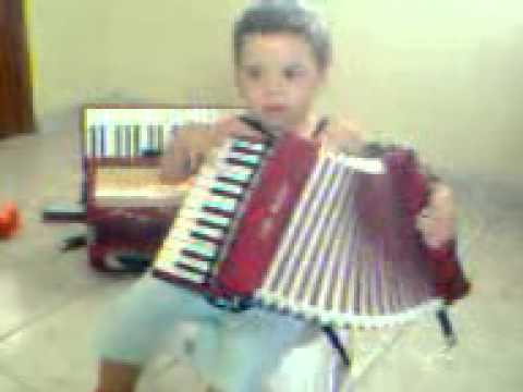 Felipe do acordeon, 2 anos em Itambé - PE