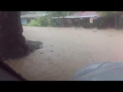 Vecinos de Paquera en alerta tras fuertes inundaciones